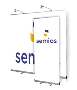 Roll-up and pull-up banners – Semios