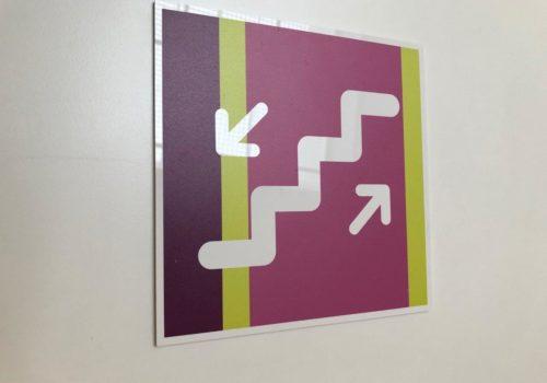 Plaque signalétique imprimée - réalisation Semios