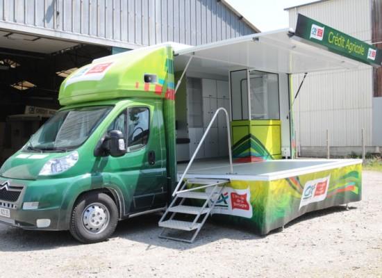 Total covering d'un camion publicitaire par Semios